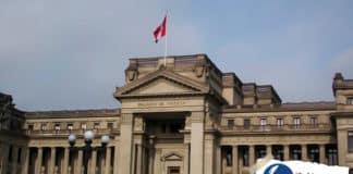 Establecen disposiciones para disminuir la carga procesal en diversas Cortes Superiores de Justicia
